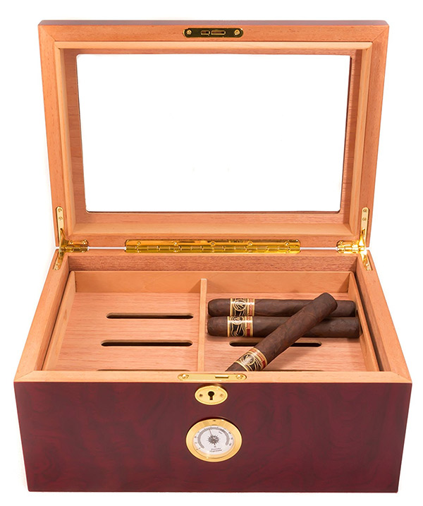 inside the mantello desktop humidor